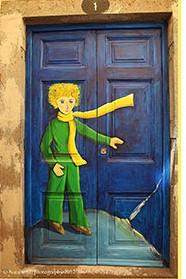 Denna bild har ett alt-attribut som är tomt. Dess filnamn är doors-door-decorations-exterior-design-art-thumb640-2.jpg